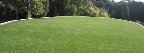 Discover 6 advantages of installing artificial grass