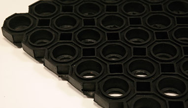O-ring entrance mat