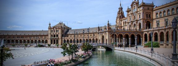 Césped artificial en Sevilla